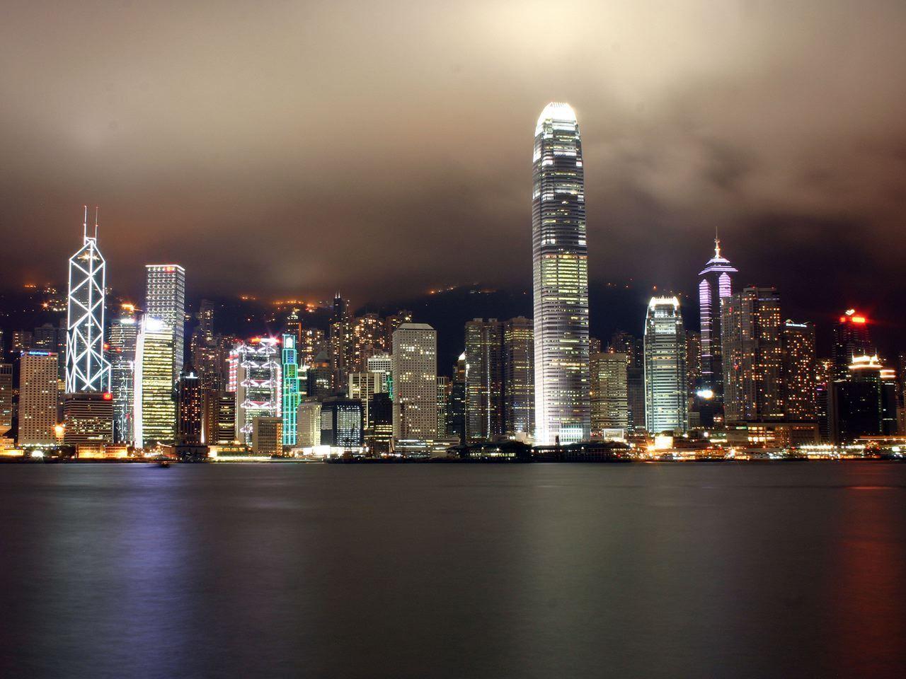 【皇家加勒比海洋航行者号】成都 - 香港 - 冲绳(过夜) - 香港 - 成都6晚7天