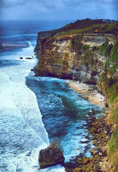 (玩转巴厘岛7天6晚)乌鲁瓦图断崖下午茶+海神庙+金巴兰BBQ+贝蒂达岛一日游+自由行2天